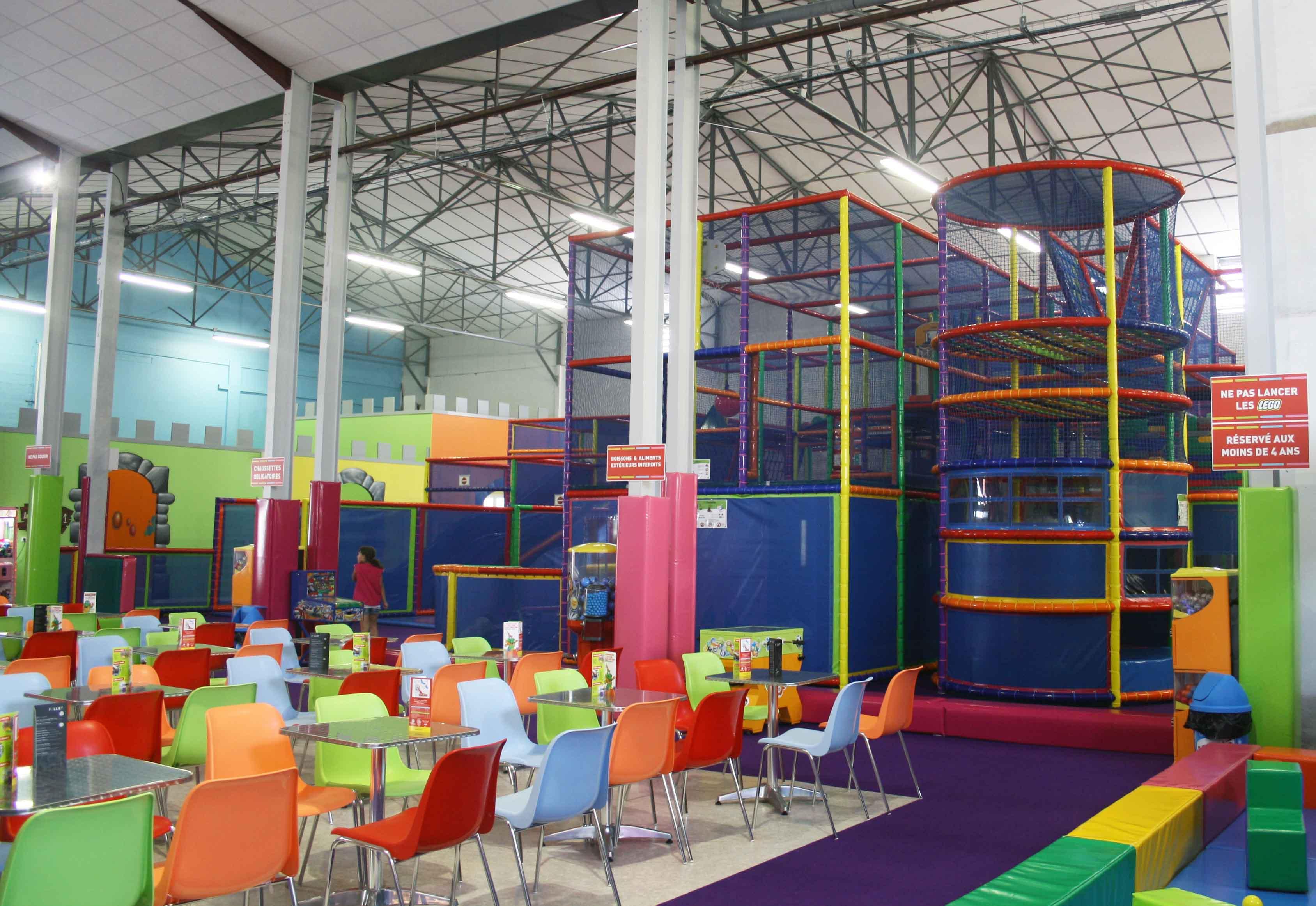 Icolandia instala en bayona un parque infantil agencia de noticias p gina 11557 - Parques infantiles interior precios ...