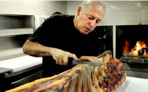 Víctor Arguinzoniz, del restaurante Etxebarri, Mejor Jefe de Cocina 2016